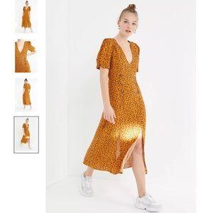 NWT UO Printed Front-Slit Midi Dress US M